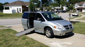 2007 grand caravan handicap accessible
